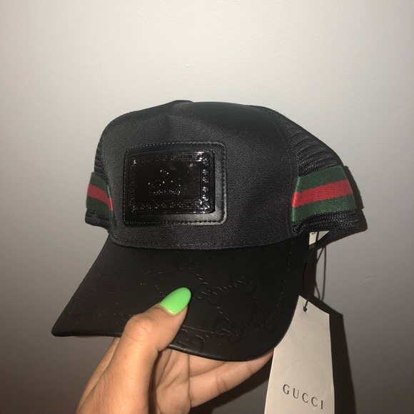 Black GUCCI ( made in Italy ) CAP 65c658b925a7